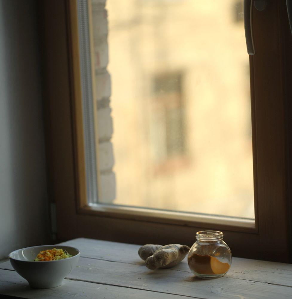 Медовый эликсир с куркумой и имбирем